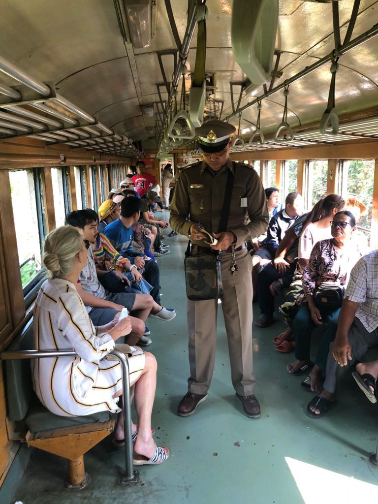 Zugfahrt im Death Rail Train